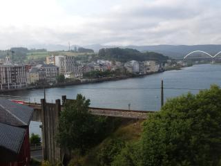 Apartamento con impresionantes vistas en Navia - Navia vacation rentals