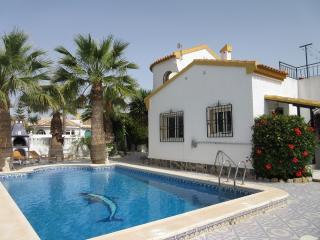 Los Alcazares beautiful holiday villa with pool - Los Alcazares vacation rentals