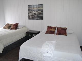 Simple clean comfortable. - Las Vegas vacation rentals