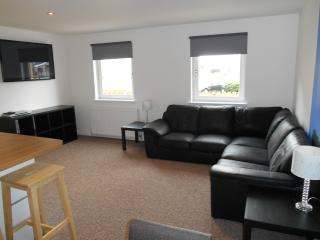 Nice 2 bedroom House in Stirling - Stirling vacation rentals