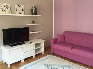 your sweet Violet luxury apartment - Cagliari vacation rentals