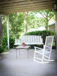 Charming Round Top Bed and Breakfast Cottage - Round Top vacation rentals