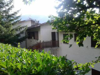 2 bedroom Townhouse with Television in Montecreto - Montecreto vacation rentals