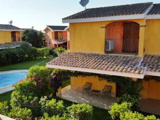 villa oleandro porto pino con piscina - Sant'Anna Arresi vacation rentals