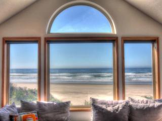 The Sand Castle on Miles of Sandy Beach FREE NIGHT - Yachats vacation rentals