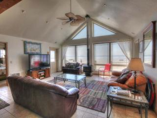 Oceanfront Sits Right on a Sandy Beach! FREE NIGHT - Waldport vacation rentals
