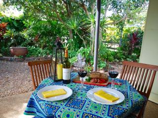 Funky Lime Beach Cottage at Burnett Heads - Burnett Heads vacation rentals