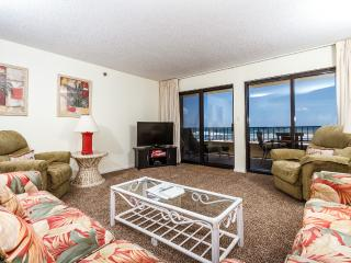 """'Surf Dweller Unit 212"""" Gulf Front! Large Unit with direct gulf views!! - Fort Walton Beach vacation rentals"""