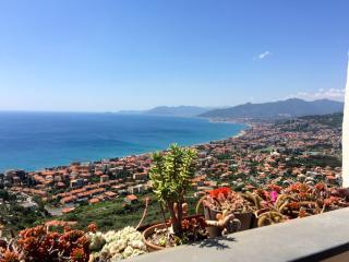 Stunning flat in the Italian Riviera - Borgio Verezzi vacation rentals