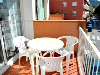 Apartments Soleil Playa - T5 - Tossa de Mar vacation rentals