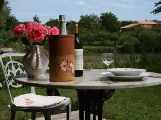 Comfortable 1 bedroom La Chapelle-Themer Tented camp with Deck - La Chapelle-Themer vacation rentals