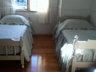 4 bedroom House with Mountain Views in Kaikoura - Kaikoura vacation rentals