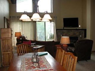 BC West A-4 w/ FREE Skier Shuttle - Avon vacation rentals