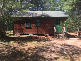 Old Fashioned Family Vacation  Cottage #3 - Brownfield vacation rentals