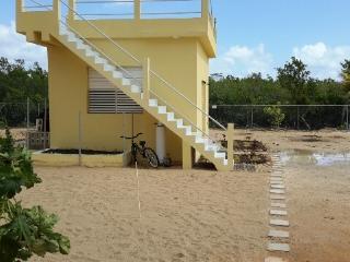Comfortable 1 bedroom Bungalow in Corozal Town - Corozal Town vacation rentals