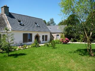Nice Gite with Television and Microwave - Plestin les Grèves vacation rentals