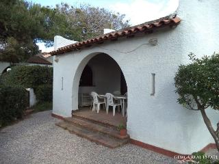 Villa Kartibubbo a pochi passi dalla spiaggia - Campobello di Mazara vacation rentals