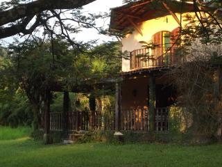 4 bedroom House with Balcony in Cachoeiras de Macacu - Cachoeiras de Macacu vacation rentals