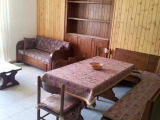 Teglio Valtellina - Bilocale piano terra - Teglio vacation rentals