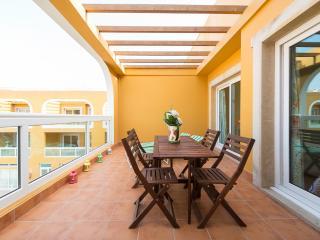 Great apt w 2 terrace and Pool in El Cotillo beach - El Cotillo vacation rentals