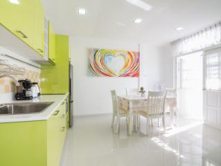 Cute Townhouse Near Beach - Hua Hin vacation rentals