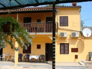 Cozy Pavicini Studio rental with Internet Access - Pavicini vacation rentals