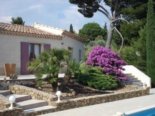 Location appartement dans villa, - La Cadiere d'Azur vacation rentals