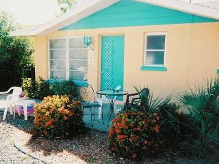 Cute and Cozy 2/1 Cottage with shared Pool - Anna Maria vacation rentals