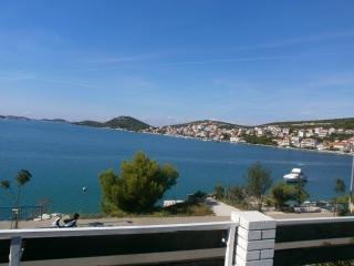 Amazing Seaview Apartment in Tisno TP86A1 - Tisno vacation rentals