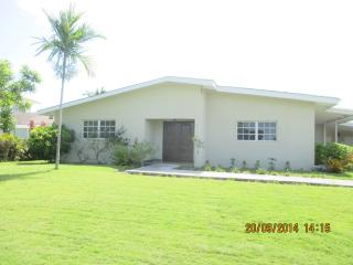 Beautiful Bahamian Well Appointed Getaway Home - Nassau vacation rentals