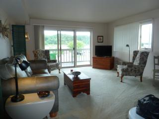 Betsie Bay Waterfront, Frankfort Michigan - Frankfort vacation rentals