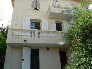 Villa le Sentier - Cannes vacation rentals