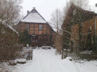 Nice Farmhouse Barn with Internet Access and Mountain Views - Sarstedt vacation rentals