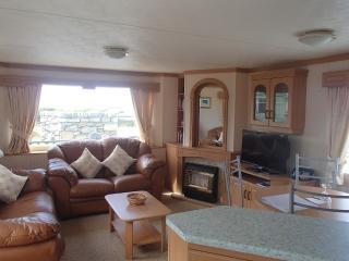 Nice 3 bedroom Caravan/mobile home in Talybont - Talybont vacation rentals