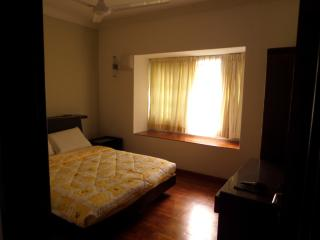 Double room in the EAST - Singapore vacation rentals