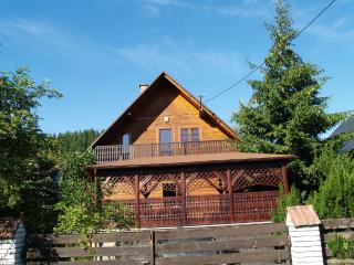 WoOden Estate - 25 min to Cracow by car! - Kasinka Mala vacation rentals