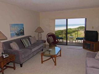 Lovely Condo with Internet Access and A/C - Port Canaveral vacation rentals