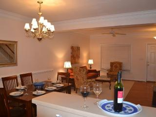 Nice Townhouse with Internet Access and A/C - Williamsburg vacation rentals