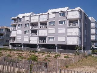 Cozy 3 bedroom Ocean City Condo with A/C - Ocean City vacation rentals