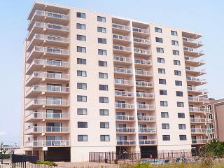 Beautiful Condo with A/C and Balcony - Ocean City vacation rentals