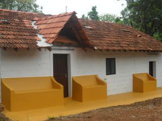 Villa de Aluizio - Beautiful Portuguese Cottage - Assagao vacation rentals