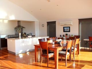 TamO'Shanter Views  Stunning beach house  Tasmania - Bridport vacation rentals
