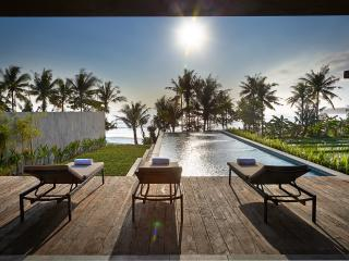 Mengening 2, a 3 BDR with amazing sunset - Mengwi vacation rentals
