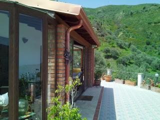 Appartamento in villa Lipari 4 posti letto - Reitano vacation rentals
