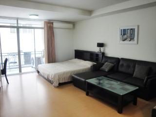 Nice Studio with Internet Access and A/C - Patong vacation rentals