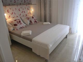 Apartment in Villa Dobrila - Podgora, ap. 5 (2) - Podgora vacation rentals