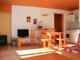 Le Taquo  Hameau des Chazals Nevache Hautes Alpes - Nevache vacation rentals