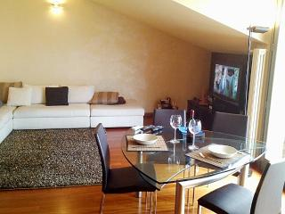 2 bedroom Penthouse with Internet Access in Cesano Maderno - Cesano Maderno vacation rentals
