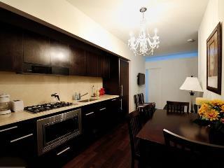 Financial District 2bd 1 bath Doorman Apt! #8382 - Manhattan vacation rentals