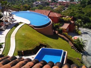 La Ropa Nido - Zihuatanejo vacation rentals